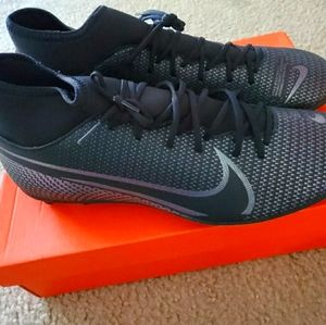 Nike Mercurial Superfly 7 Cleats
